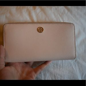 Tory Burch Bags - TORY BURCH wallet Never Used